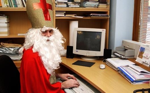 Mikuláš - foto, Nicolaus - photo / počítač, pc, obrazovka, monitor, klávesnice