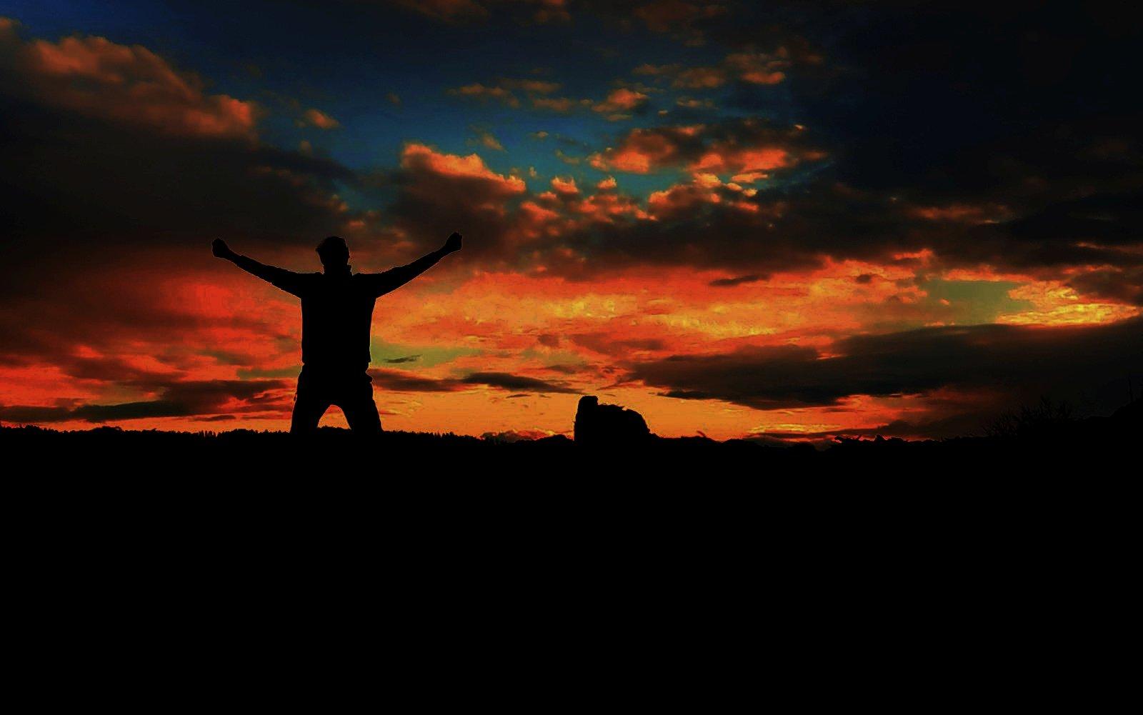 modlitebník, orant, silueta, obloha, mraky, nebe, temnota / foto -MP-